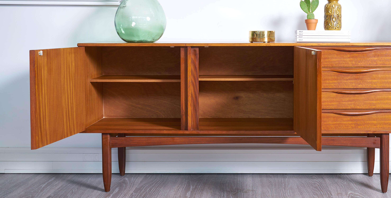 enfilade en teck style scandinave 1960 vendue room 30. Black Bedroom Furniture Sets. Home Design Ideas