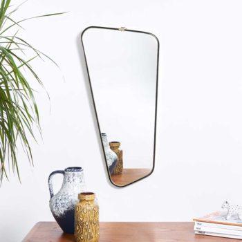 miroir laiton vintage, miroir laiton, miroir asymetrique laiton,miroir vintage, miroir dore vintage, miroir rouge vintage, miroir asymetrique vintage, miroir retroviseur vintage