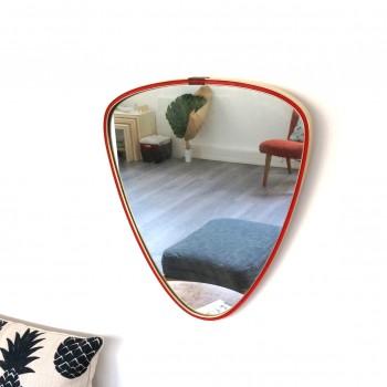miroir triangle rouge et doré focus