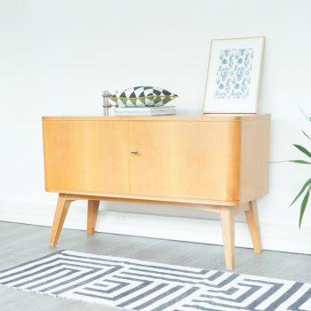 room30,meuble pieds compas, meuble vintage pieds compas, meuble vintage, meuble cerisier, enfilade vintage, enfilade pieds compas, enfilade bois clair, mobilier vintage