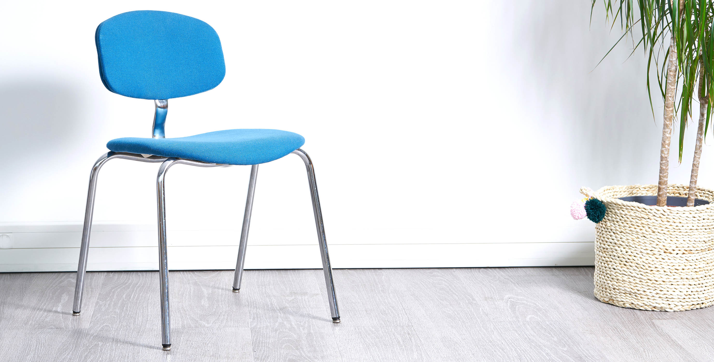 chaise strafor vintage, fauteuil bleu vintage, chaise bleu vintage, fauteuil strafor, fauteuil de bureau vintage, fauteuil bureau vintage, chaise bureau vintage, chaise salle d'attente vintage