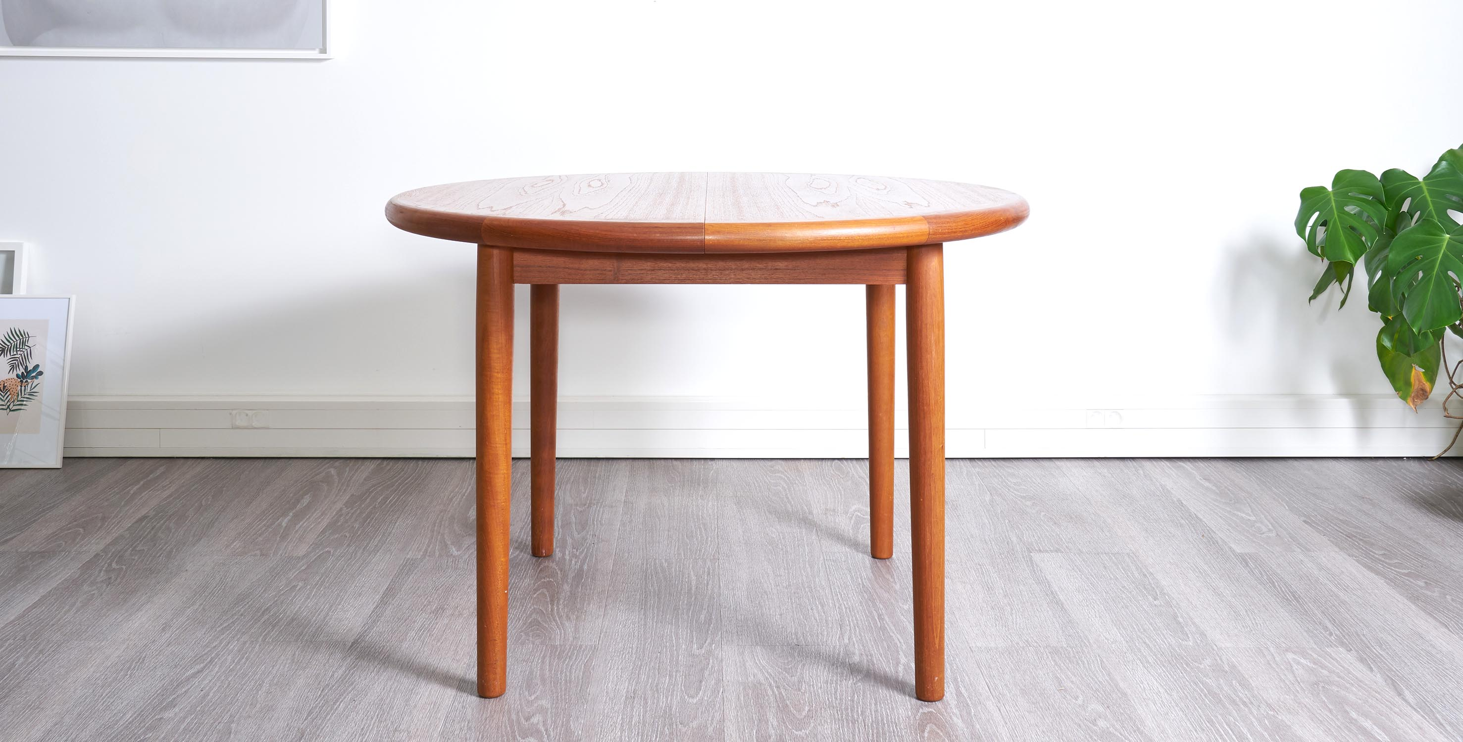 Table manger extensible 1960 style scandinave vendue for Table a manger extensible scandinave