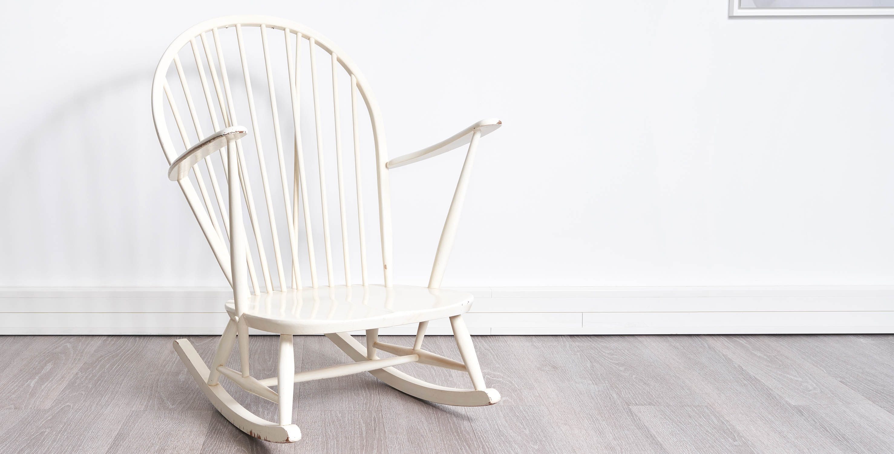 rocking chair vintage, rocking chair ercol, rocking chair, rocking chair blanc, vintage, mobilier vintage, room 30, ercol